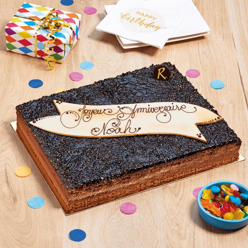 Grande craqueline avec plaque personnalisée pour faire de votre fête un événement unique