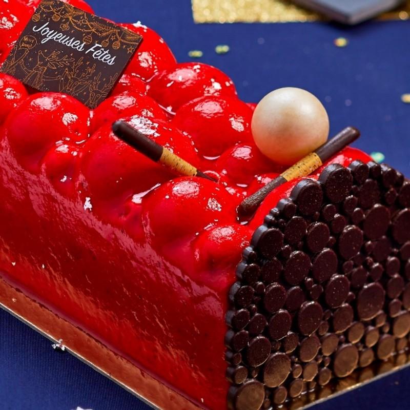 Bûche Exquise Fraise Chocolat détails décor