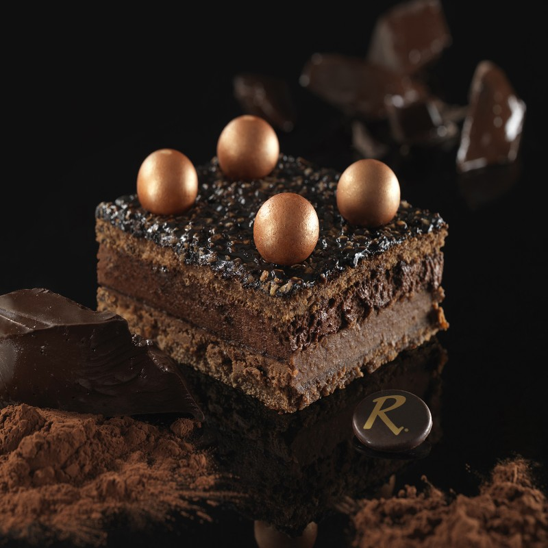 Bingo Chocolat - un dessert frais  au chocolat avec décors de fêtes - La Romainville