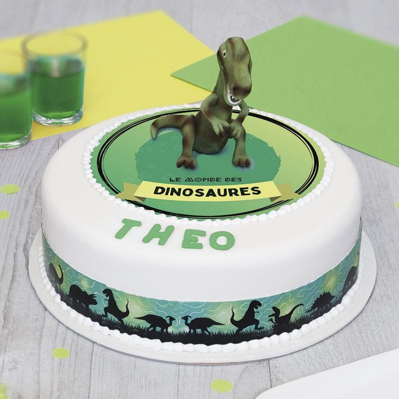 grand gâteau Tyrannosaure en pate à sucre enfants pâtisserie La Romainville